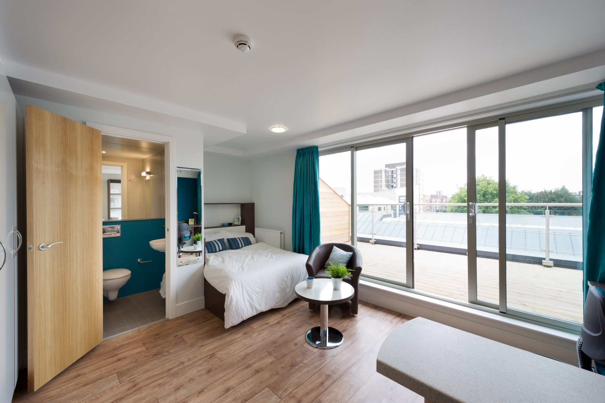 STUDENT HOMES LANCASTER ? IT'S EASY IF YOU DO IT SMART
